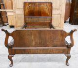 Walnut Wood Single Bed in the Antique Queen Anne Style